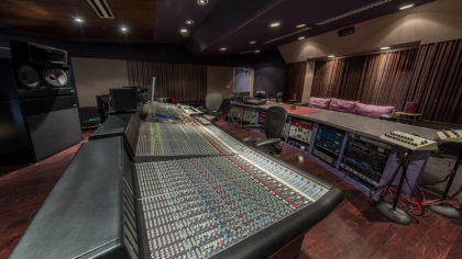studio010r-420x236
