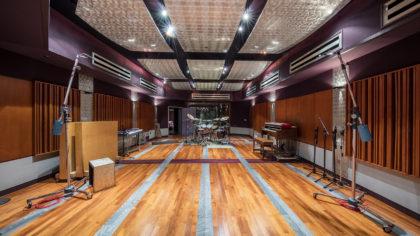 studio020-r-420x236